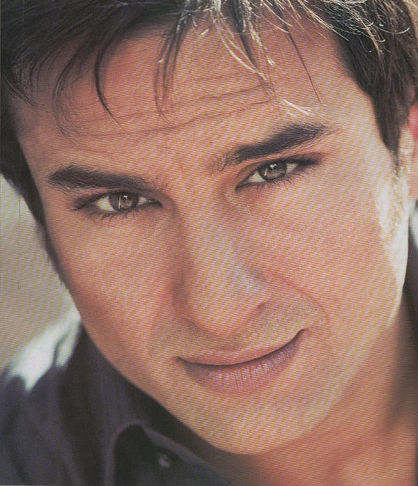 Saif Ali Khan Smoky Look Photo