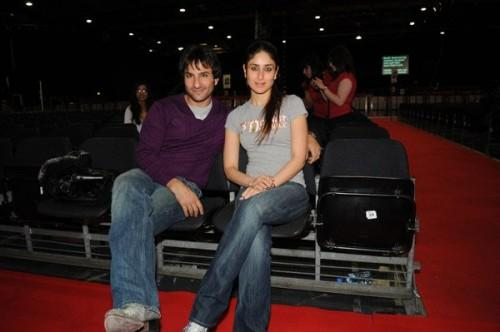 Saif And Kareena Kapoor  In Red Carpet