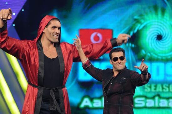 Salman And The Great Khali At Bigg Boss