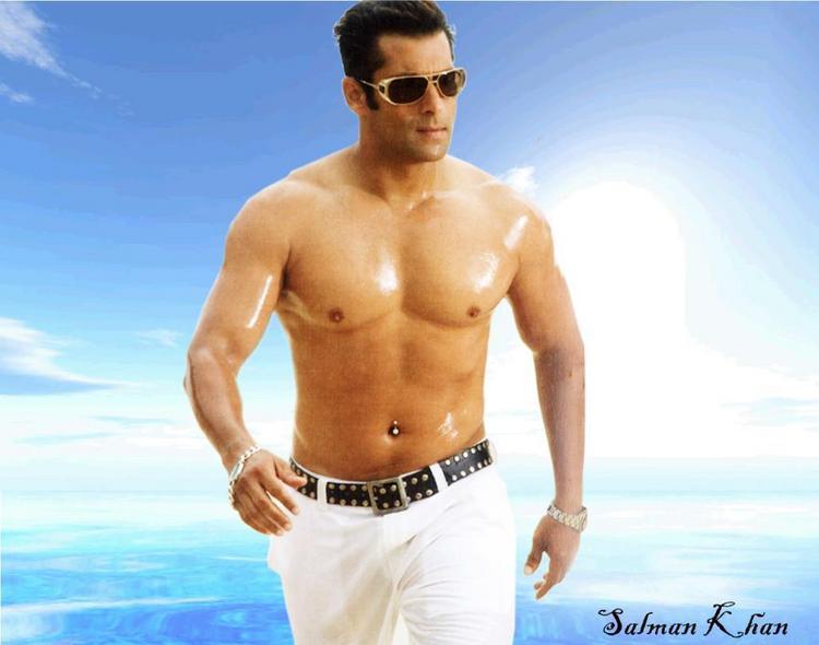 Salman Khan Hot Body Show Sexy Pic
