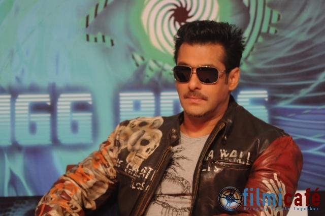 Salman Khan Robinhood Pandey Look At Bigg Boss