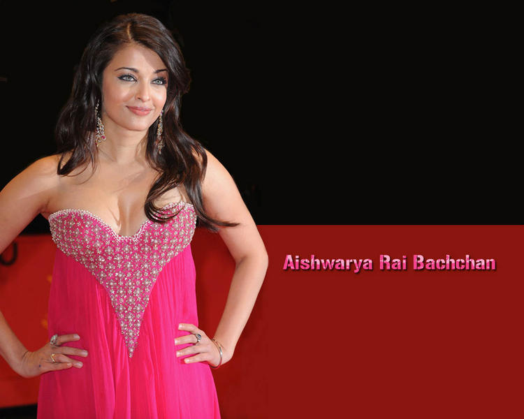 Aishwarya Rai Open Boob Hot Pic