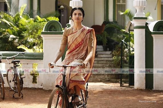 Deepika Padukone Bicycle Still In Saree
