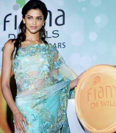 Deepika Padukone Fiama Soap Launch Photo In Saree