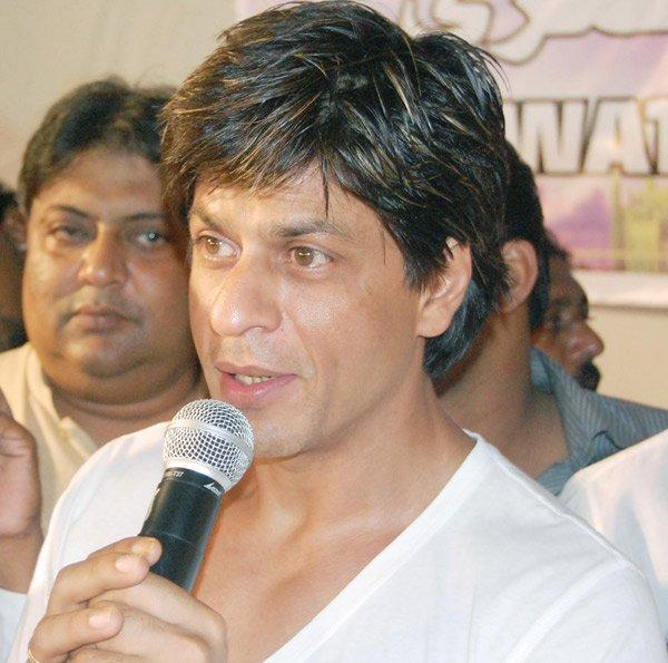 Shahrukh Khan Simple Look Pic