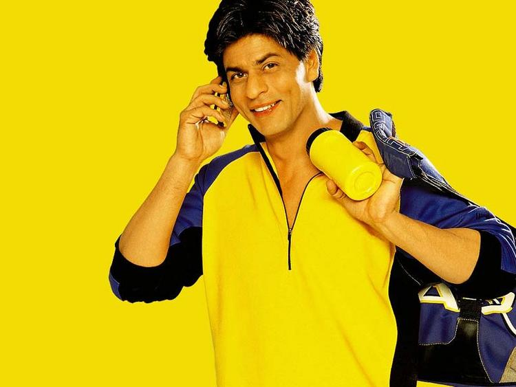 Shahrukh Khan Yellow Shirt Dress Cool Pic In KKHH