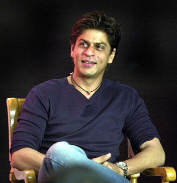 Shahrukh Smiling With Dimple Show Pic