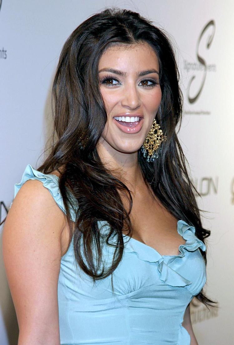 Hot Kim Kardashian Cute Smile Pic In Teal Color Dress