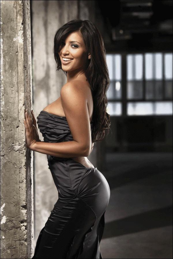 Kim Kardashian Spicy Pose Photo Shoot