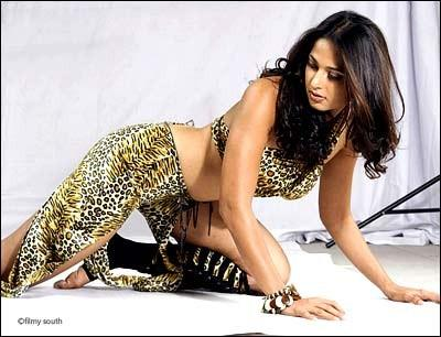 Anushka Shetty Spicy Pose Still