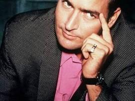Hot Star Charlie Sheen Sexy Look Pic