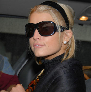 Jessica Simpson cute Look Wearing Goggles