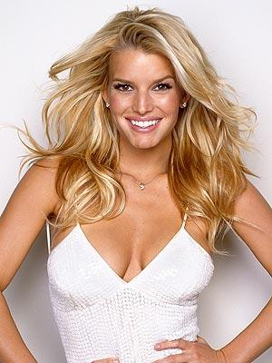 Jessica Simpson Rocking Sweet Face Still In White Dress