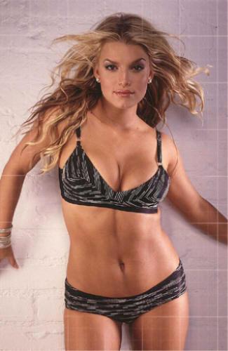Jessica Simpson Wet Outfit Still In Bikini