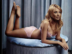 Kylie Monigue Bikini Hot Photo Shoot