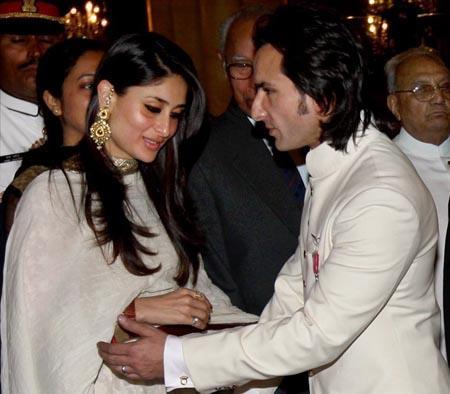 Saif And Kareena Cute Photo Stills
