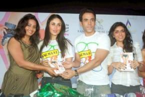 Kareena And Tushar At Fitness Book Launch