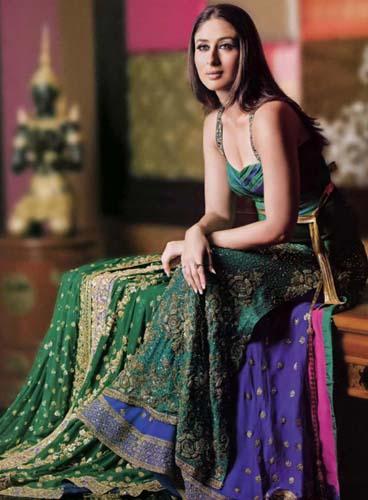Kareena Kapoor Amazing Still In Beautiful Dress