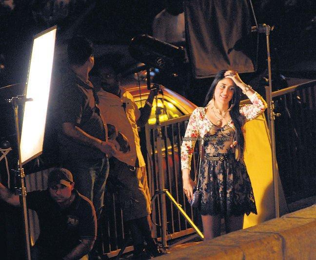 Zakhmi Movie Kareena Still
