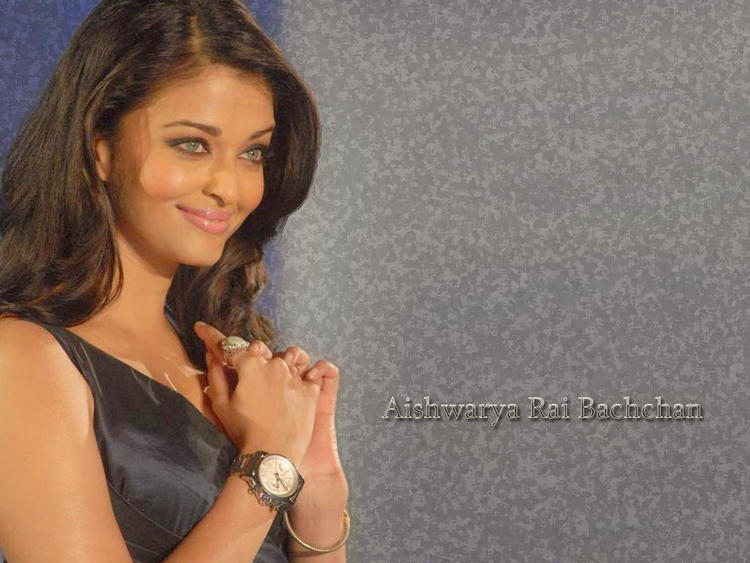 Aishwarya Rai Lovely Look Wallpaper