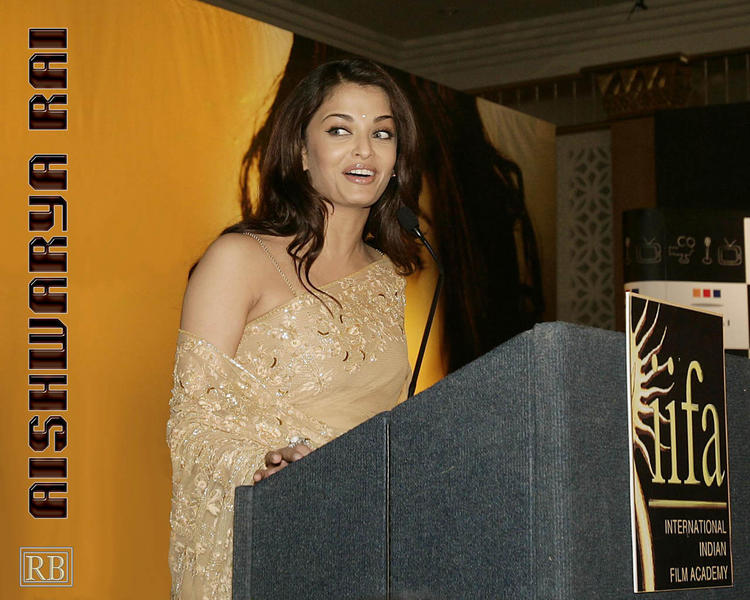 Aishwarya Rai Wallpaper At IIFA