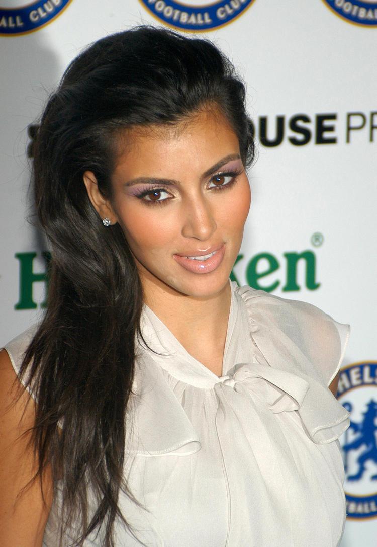 Spicy Actress Kim Kardashian Still