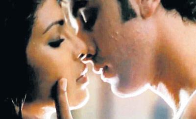 Priyanka Chopra With Ranbir Hot Pic