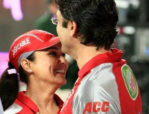 Preity And Ness Wadia In King XI Punjab Jersey
