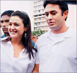 Preity With Ness Wadia Cool Pic