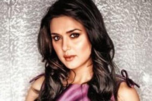 Preity Zinta Spicy Look Pic