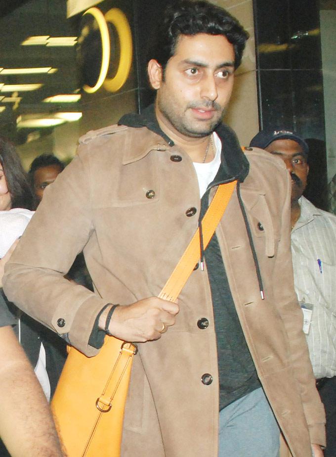 Abhisekh Bachchan Spotted at Mumbai Airport