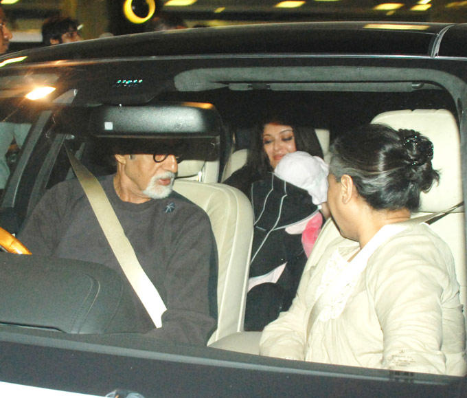 Bachchan Family Snapped at Mumbai Airport With Aaradhya