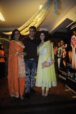 Karva Chauth Puja Akkis wife Twinkle Khanna Sister Alka Bhatia Still
