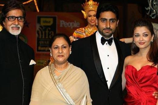 Abhishek Bachchan Latest Still With Family
