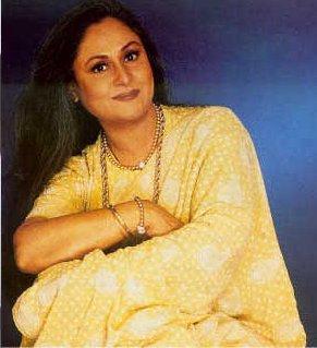 Jaya Bachchan Sweet Pose Pic