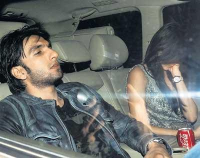 Ranveer And Anushka In Car