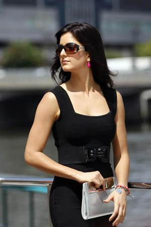 Katrina Kaif Awesome Stunning Stylist Pic In Black Dress