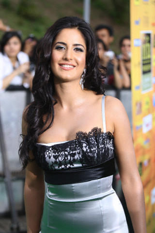 Katrina Kaif Cute Smile Stunning Photo