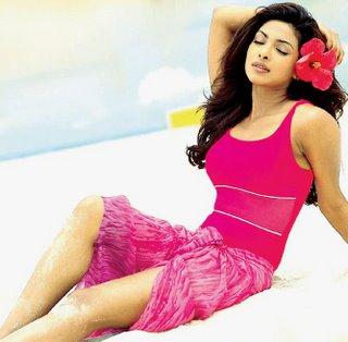Priyanka Chopra Cool And Fresh Wallpaper