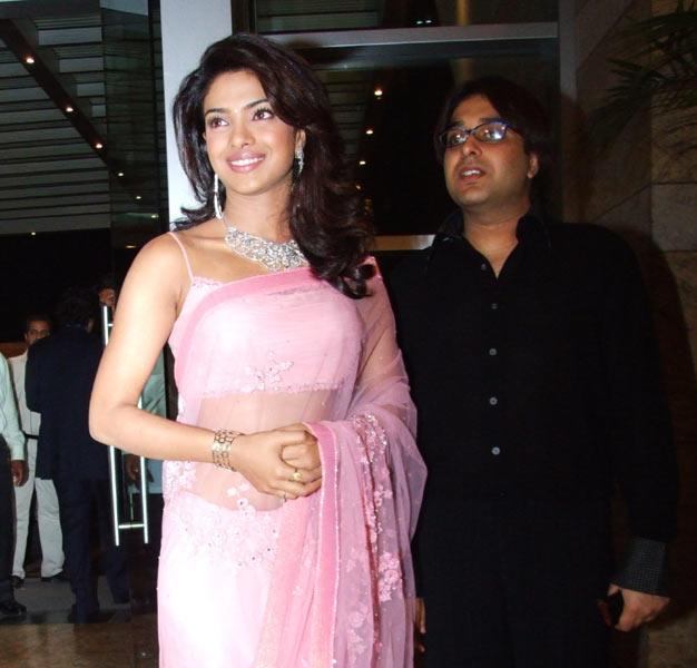 Priyanka Chopra Pink Saree Beautiful Look Stills