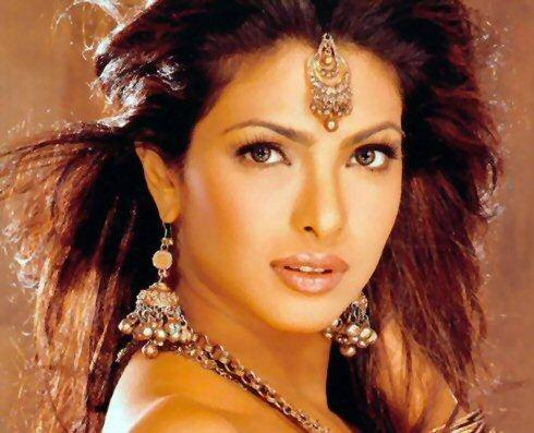 Priyanka Chopra Stunning Face Look Photo