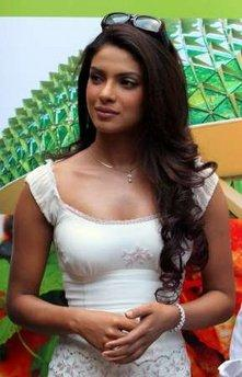Priyanka Chopra Stylist Pic