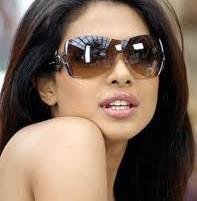 Priyanka Chopra Wear Goggles Nice Stills