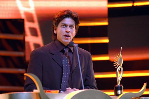 Shahrukh Khan In Award Function