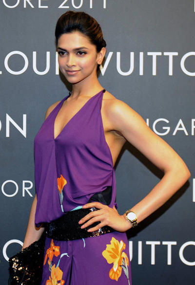 Deepika Padukone Purple Color Dress Sexy Pic
