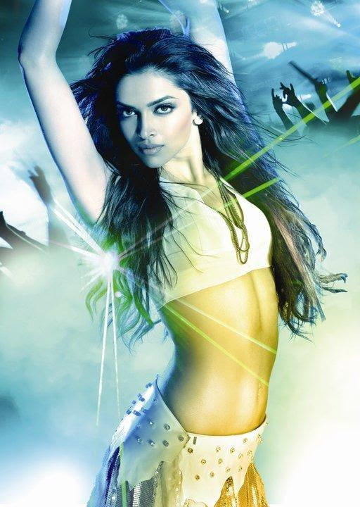 Deepika Padukone Slim Belly Exposing Still