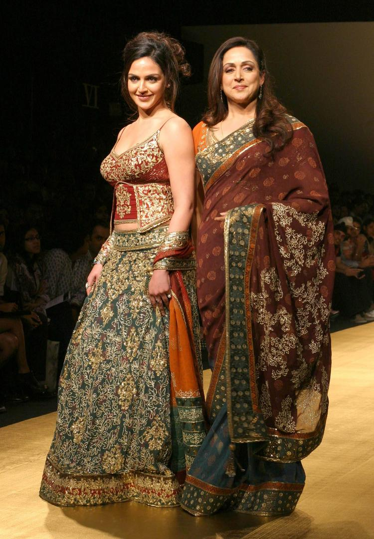 Hema Malini Walk With Esha For Rocky S
