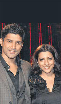 Farhan Posing With With Sister Zoya