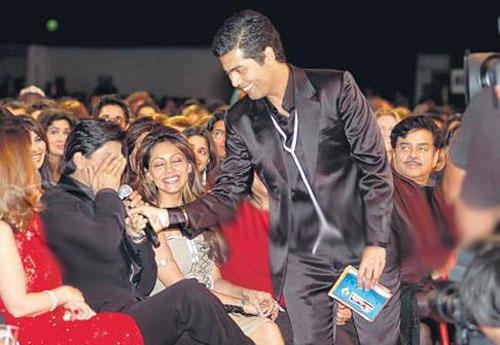 Karan Johar and Srk at Awards