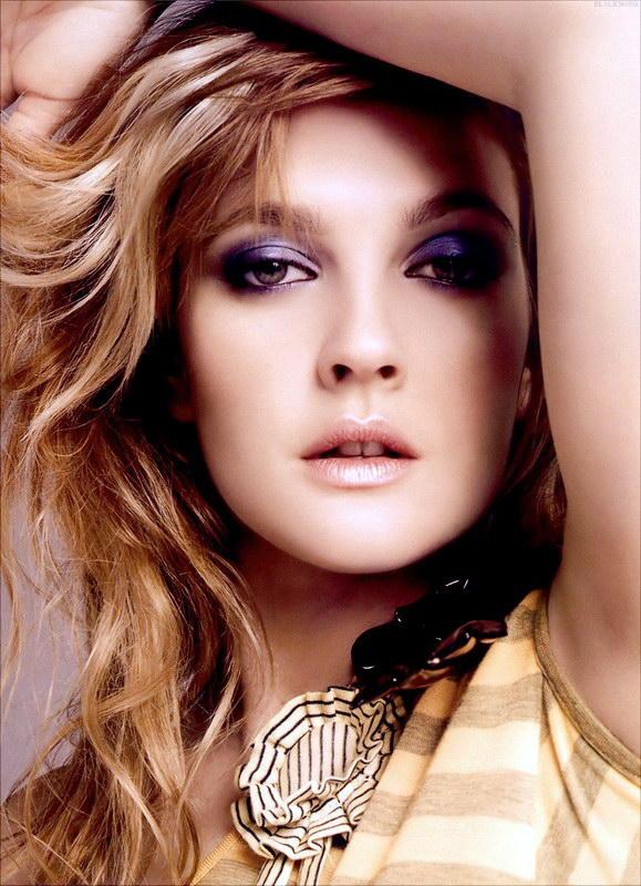 Drew Barrymore Smoky Eyes Look Still
